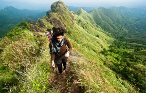 5 Best Reasons All Women Must Go for Trekking1